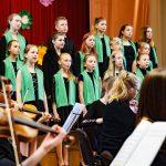 Kamerorķestra B-Sharp un Rīgas Kristīgās vidusskolas kora koncerts 07.05.2018.