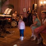 """Rīgas Kristīgas vidusskolas koncerts """"Zaļumballe"""". Foto: Inga Linda."""