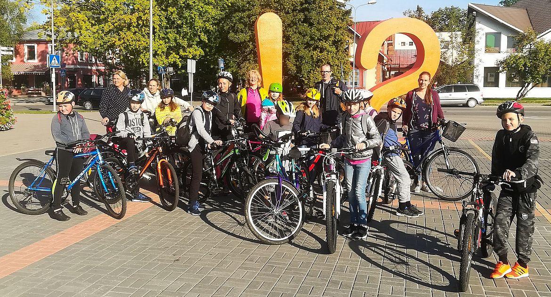 FOTO: vides pētnieku velopārgājiens Siguldā